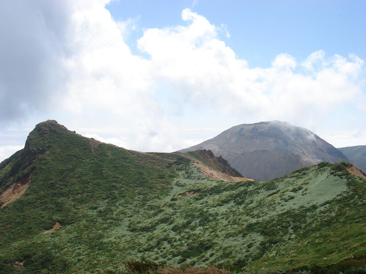 那須岳 南月山〜黒尾谷岳〜朝日岳