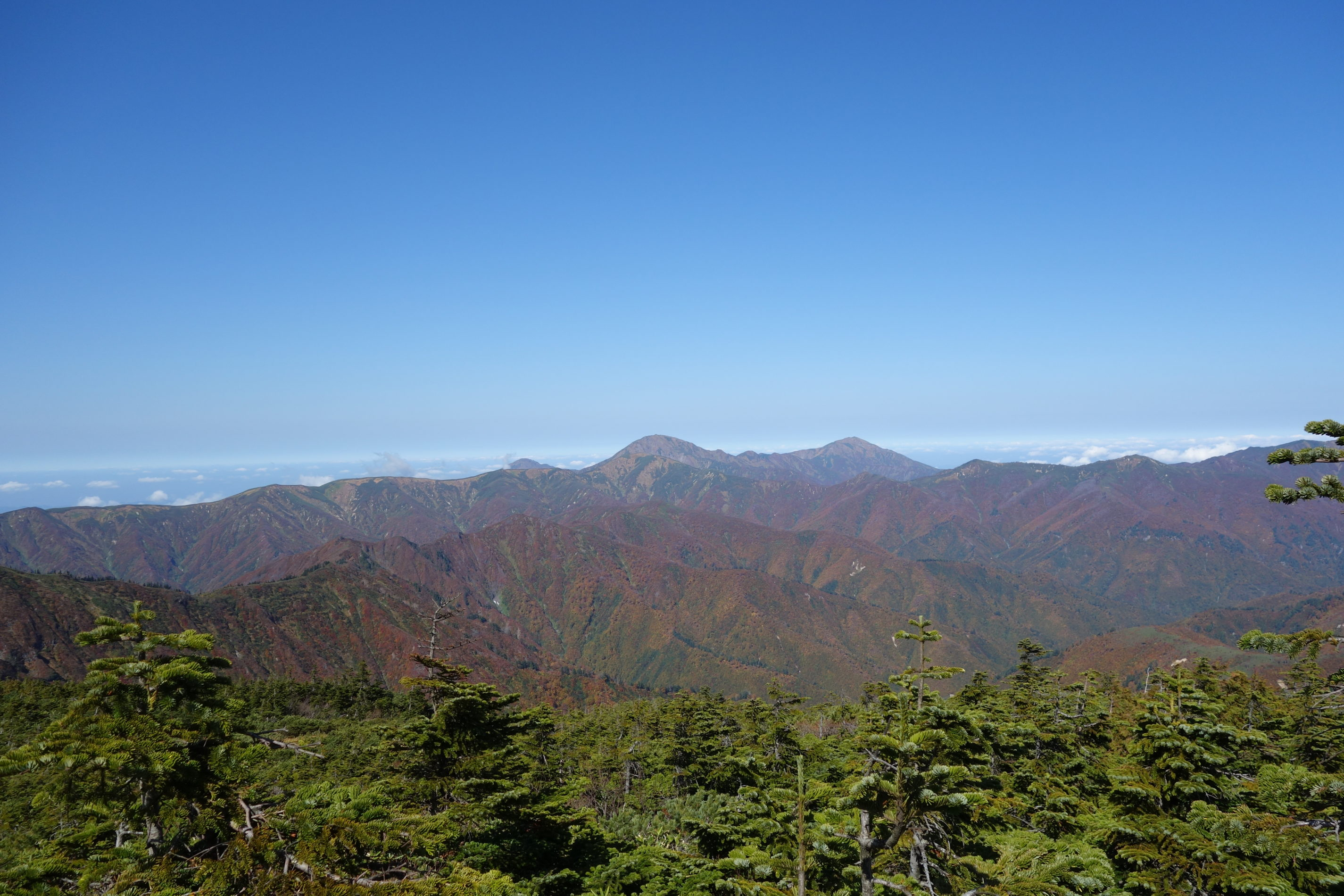 平ヶ岳 平ヶ岳山頂〜玉子石