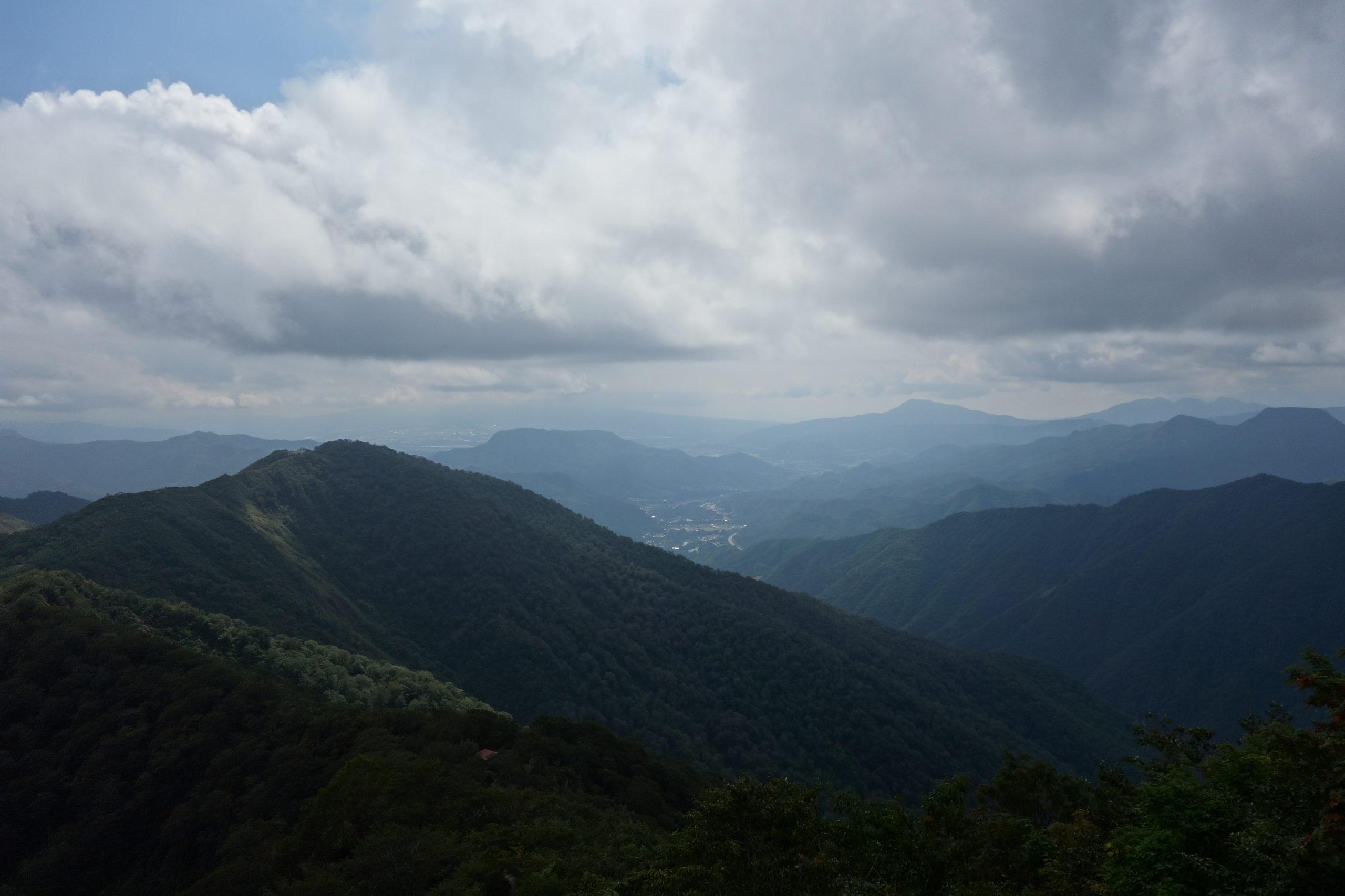 谷川岳 熊穴沢避難小屋〜トマの耳〜オキの耳