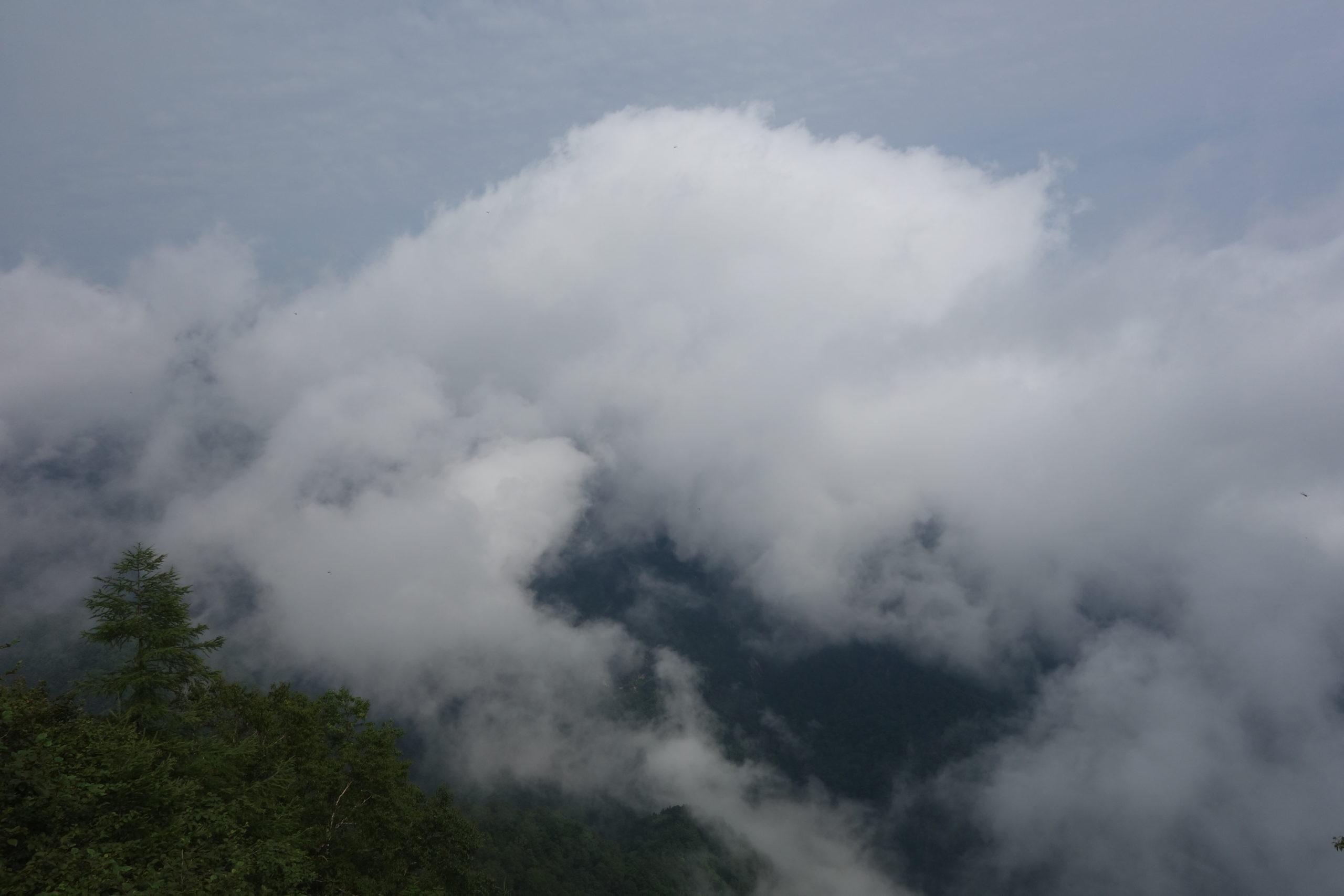 甲斐駒ケ岳 白州尾白渓谷(甲斐駒ケ岳神社)〜七丈小屋テントサイト