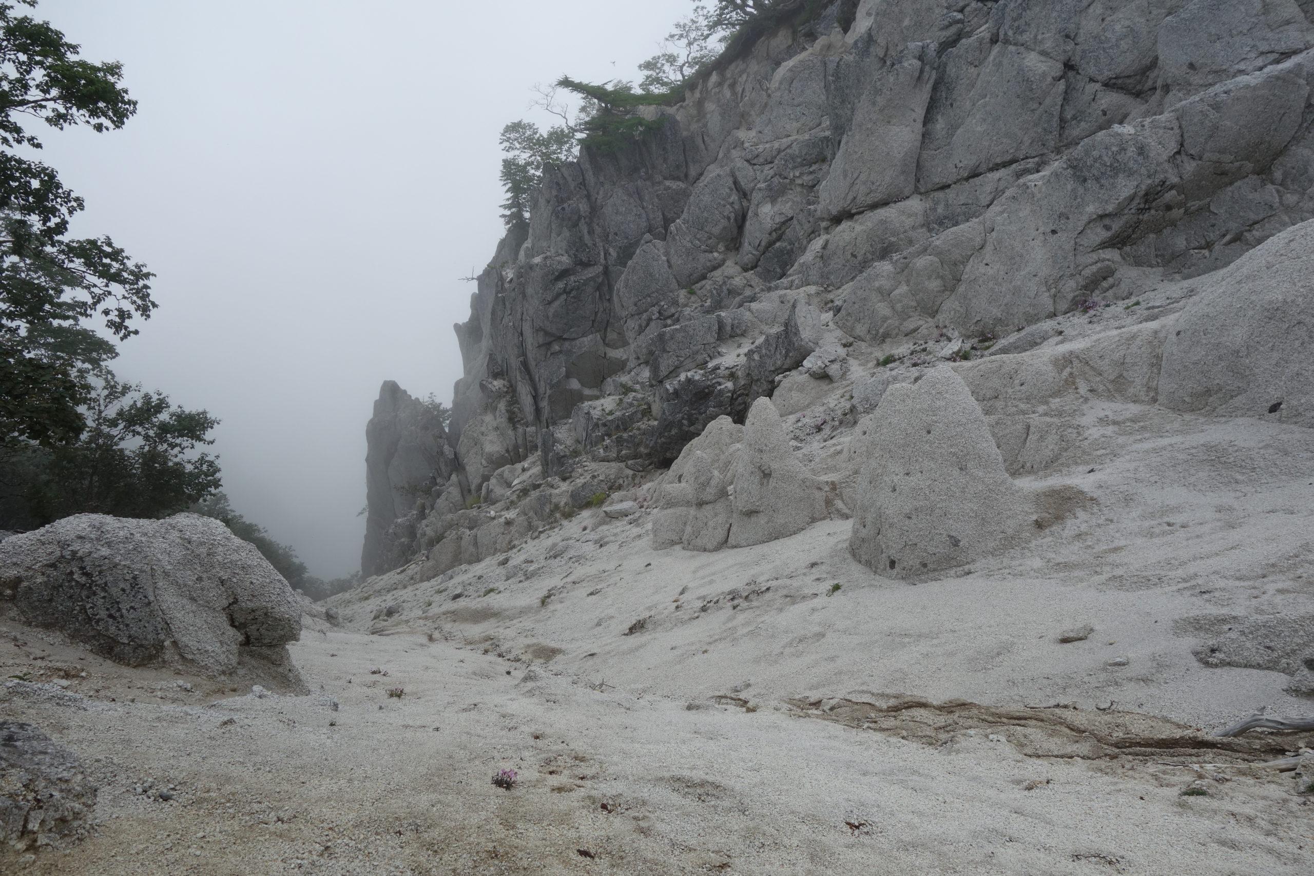 鳳凰三山地蔵岳 地蔵岳〜鳳凰小屋