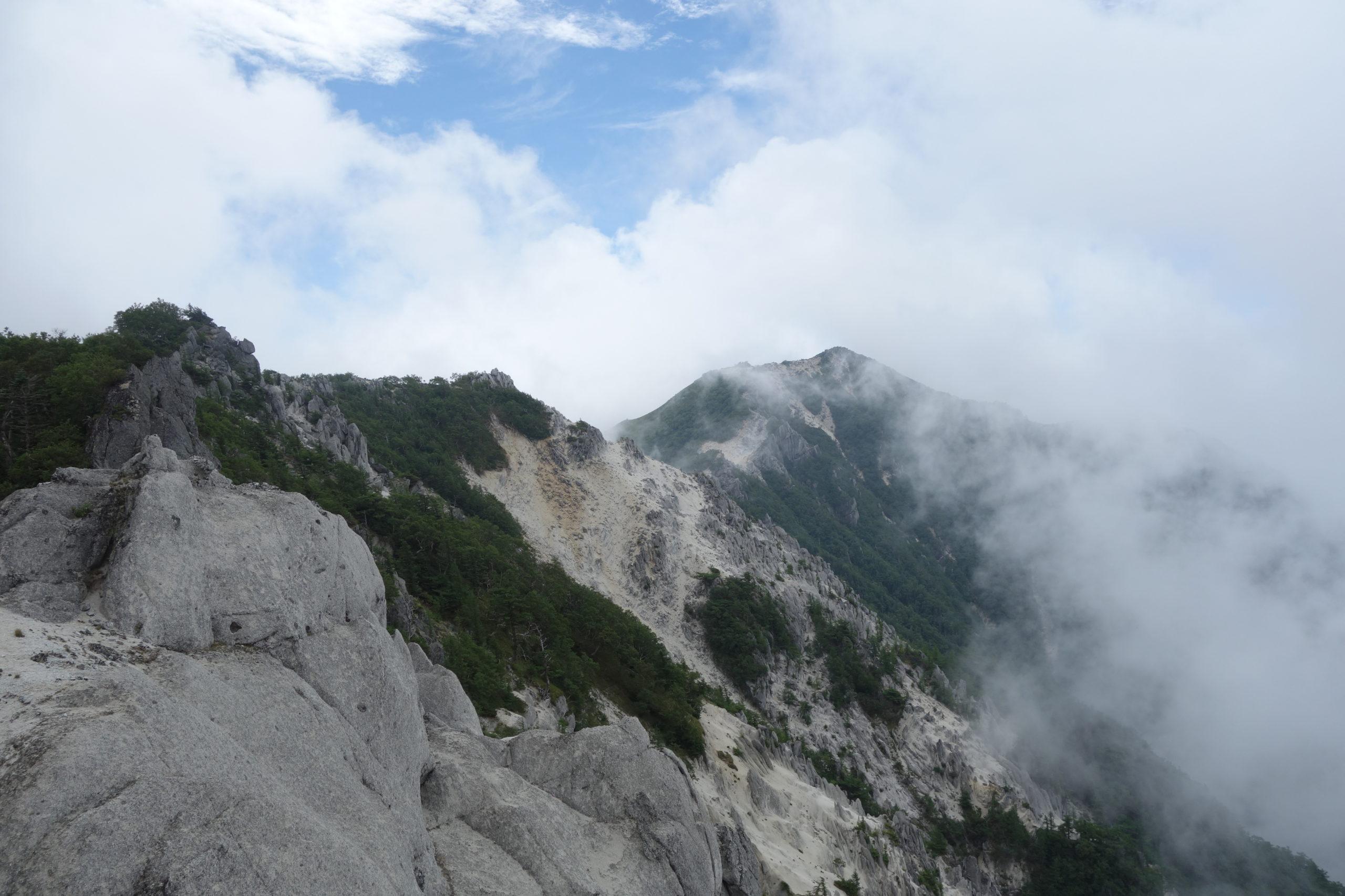 鳳凰三山地蔵岳 高嶺〜地蔵岳〜鳳凰小屋